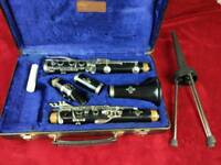 Clarinet buffet b12 overhauled with stand
