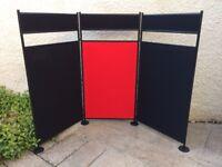 Freestanding display unit