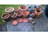 4xTerracotta Garden Pots, 1xPlanter, 3xTrays (Bulk £20 or £5 Each)