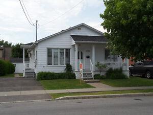 Maison unifamiliale à louer ou à vendre