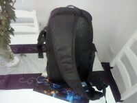 Neewer slingshot backpack AW. Beautiful! £15