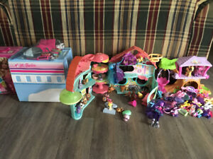 Lot of girls toys