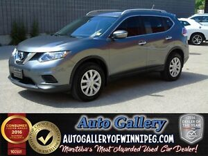 2015 Nissan Rogue S AWD *Back up Cam