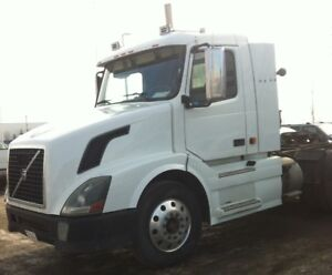 Volvo Daycab with Cummins ISX 485Hp
