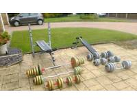 Weight bench and 170kg weights
