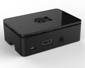 Raspberry Pi loaded with Retropie, 2 PS3 controllers