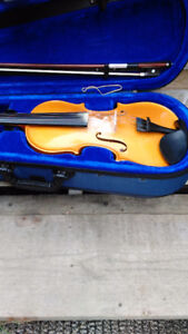 3/4 Gold Menzel Violin