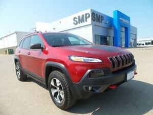 2016 Jeep Cherokee Trailhawk - Leather, 4WD, Sunroof, Nav