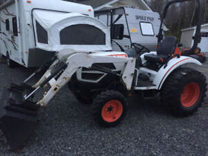 2011 BOBCAT CT230  COMPACT TRACTOR ( WE FINANCE )