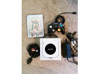 Original Ninendo Gamecube Console + game