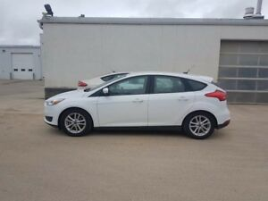 2015 Ford Focus SE, BLOCK HEATER, 5-SPEED MANUAL TRANSMISSION, S