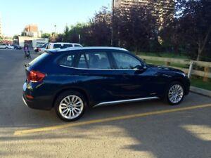 BMW X1 Premium Package