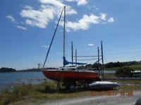 Leisure 17 sail boat