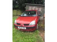 Clio 1.2 perfect just needs an MOT