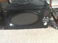 Black microwave, 800watt, good condition, from Next