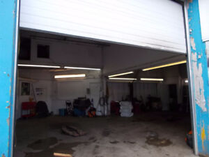 Ajax 2 units for lease Automotive related Multiple use building