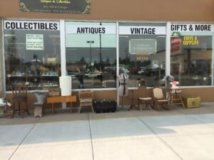 Rockin'Retro Antiques & Collectible Mall, Olds AB.
