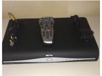 SKY BOX HD WITH REMOTE