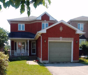 3+1bedroom brick detached whole house rental(south end of Barrie