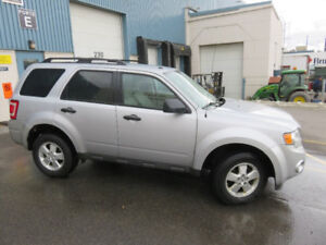 Very clean great shape 2011 Ford Escape Xlt SUV, Crossover