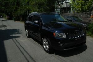 2011 Jeep Compass  57,000 km!! Good as New for $13,999 ono