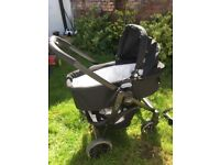 Entire system incl Graco Evo Trio Pushchair Buggy Pram and car seat attachment travel system