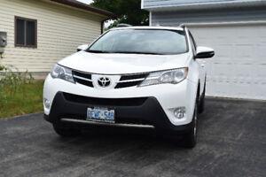 2013 Toyota RAV4 XLE SUV, Crossover