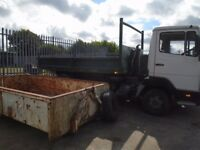 mercedes 7.5 ton hooklift wagon and skips