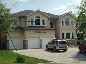 DON'T MISS ***HWY 7 AND BATHURST **** ONE BED SUITE FOR RENT