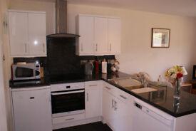 Single Room to rent in shared 3 bed modern flat near Edinburgh University