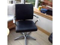Hairdressers chair £25
