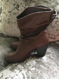 Brown heels size 6