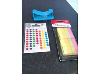home and office 8 mini sticky notes set & hole puncher wilko sticky dots(552out of pkt560) brand new