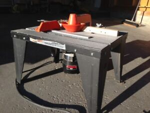 Router and table