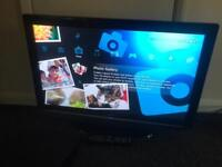 """32"""" BUSH LCD HD TV WITH FREEVIEW BUILT IN"""