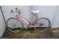 GIRLS RALEIGH PRIMA racing BIKE PINK controlled carbon cycle tubing