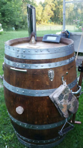 LOOK >> SMOKER, UNUSED, PROFESSIONLY BUILT ONLY $1800