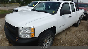 2011 Chevrolet 1500 4x4 Easy Financing.2 paystubs