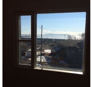 LARGE 2 BEDROOM WITH GREAT VIEW OF LAKE SUPERIOR