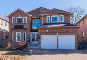 Beautiful House For Lease in Central North-York, Walk to Subway