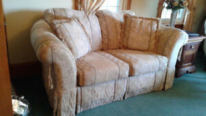 LoveSeat with Optional Matching Pieces