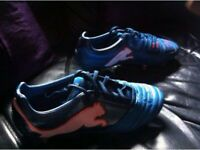 selling puma powercat 1.12 sg football boots size 8