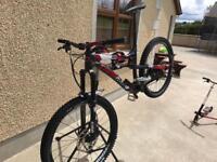 Lapierre Spicy Team Top of the Range Enduro Mountain Bike