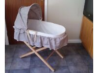 Unisex Moses basket and static stand