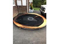 12ft garden trampoline with net in closure