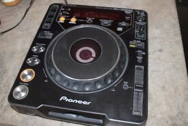 Pioneer CDJ1000 Mk2 - Fully working, never gigged - from smoke free home