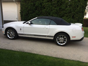 2010 Ford Mustang Premier Convertible