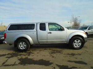 2006 Nissan Frontier SE--WITH CANOPY--RUNS AND DRIVES EXCELLENT