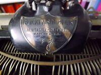 Antique BLICK- Blickensderfer No 7 Lightweight Typewriter