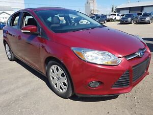 2014 Ford Focus SE Bluetooth, Power Sun Roof, Cruise Control